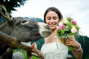 Das Hochzeitsdorf in den Alpen